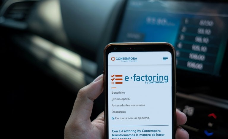Primer Aniversario E-Factoring by Contempora.